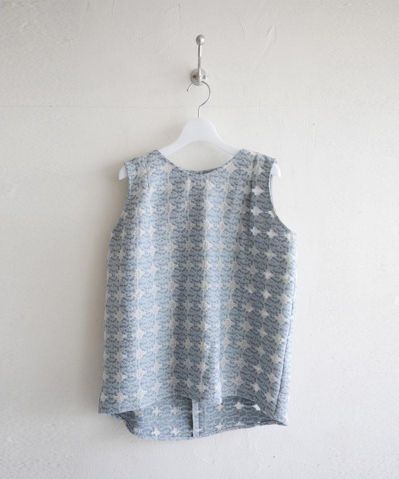 Hydrangea  Sleeveless blouse