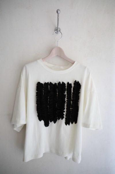 フロントフリルTシャツ