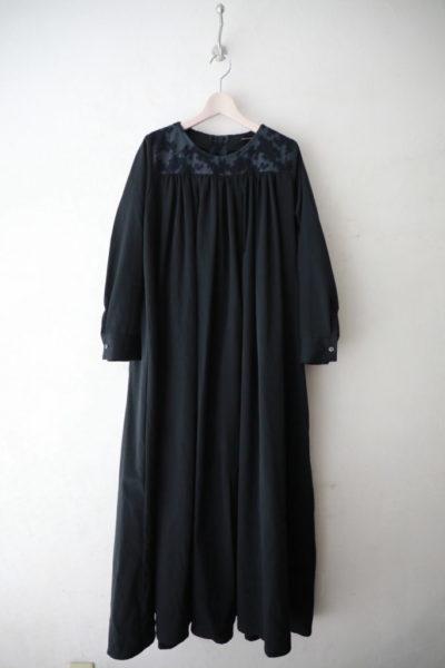 ⽊陰ジャガードギャザードレス
